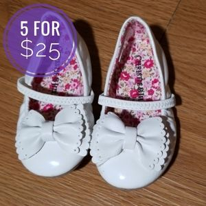 ❤5/$25❤Toddler Girl White bow flats size 5